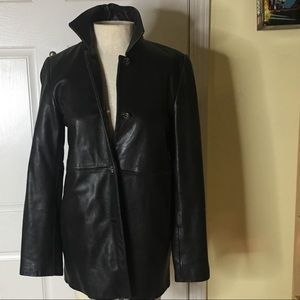 Gorgeous soft leather short trench coat